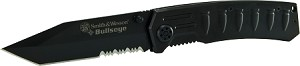Smith & Wesson Bullseye linerlock black coated 40% serrated stainless steel tanto blade w/ thumb knob & black aluminum handle w/ bullets design & pocket clip.