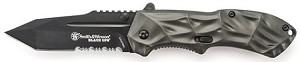 SMITH& WESSON 3 RD GENERAION BLACK OPS.MAGIC ASSIST LINER LOCK FOLDER W/BLACK  40%SERRATED